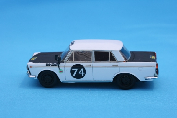 GMK-110	FIAT  2300 N° 74 SAFARI RALLY 1962