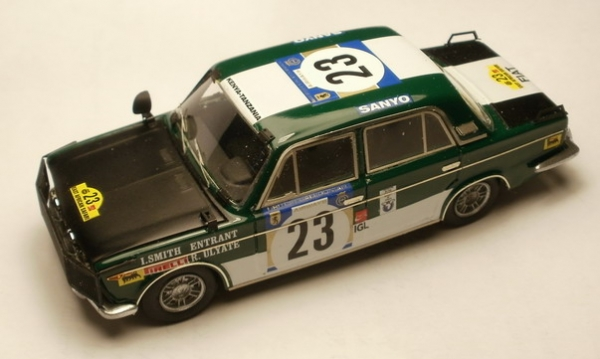 GMK-113FIAT 125 n°23 Safari Rally  1973 Drive Ulyate/Smith