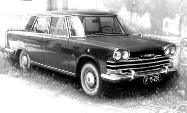 GMK-104FIAT 2300 BERLINA SPECIALE
